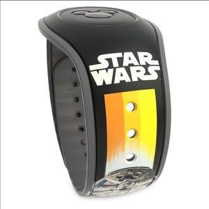 Limited Edition Disney Park Star Wars Magic Band 2